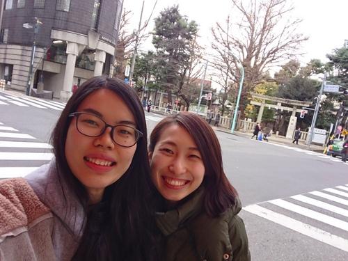 「ニナとサユミ」_a0075684_10433938.jpg
