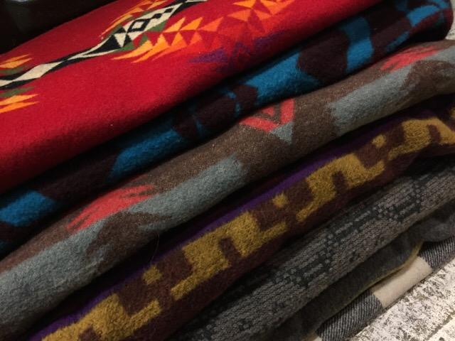 12月23日(土)大阪店スーペリア入荷!#1 Blanket Jacket&Blanket!! Pendleton!!_c0078587_1754251.jpg