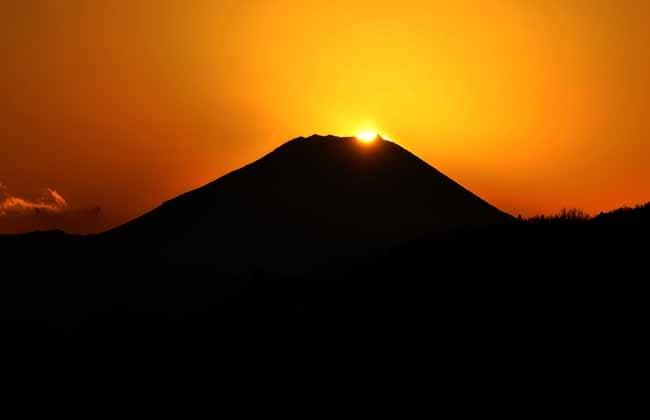 昭島市内から見えたダイヤモンド富士_f0173596_23470203.jpg