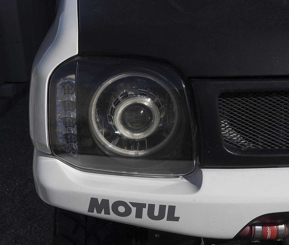 ヘッドライトの修復_c0095801_12471764.jpg