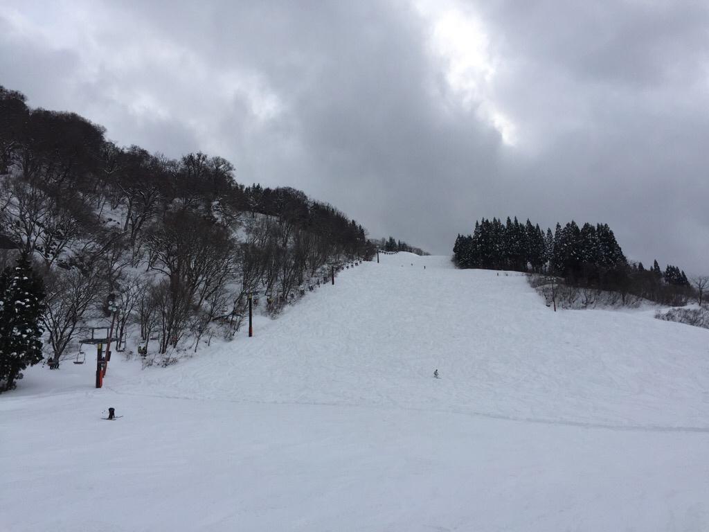 滑り始めのような滑り納めのような_c0113733_09561776.jpg