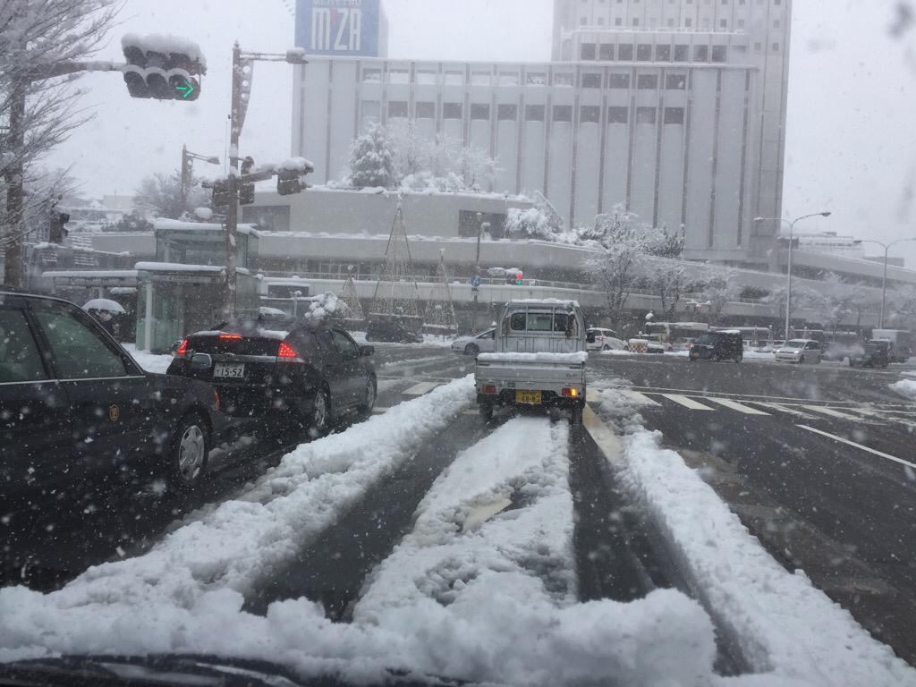 雪降って地固まる_c0113733_10383696.jpg