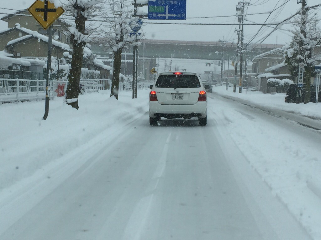 雪降って地固まる_c0113733_10393641.jpg