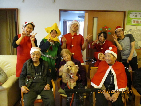 一足早いクリスマス会_a0166025_19390834.jpg
