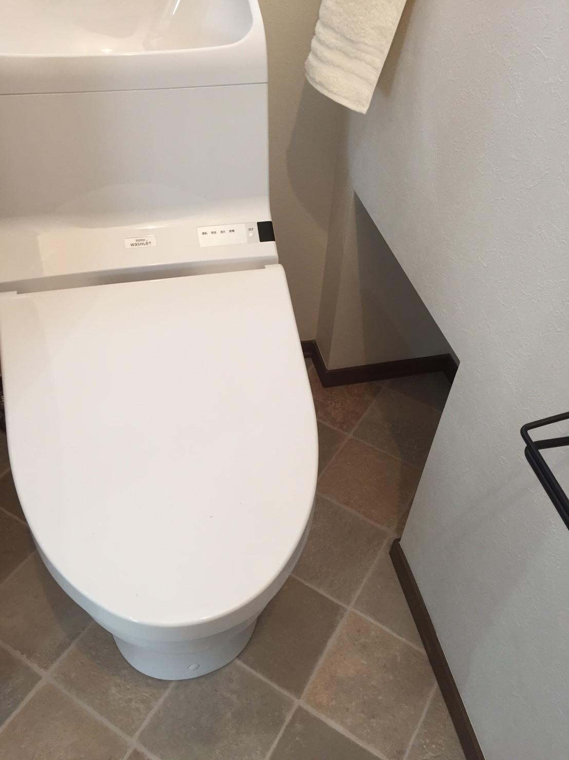 トイレのひと工夫_c0274374_00211606.jpg