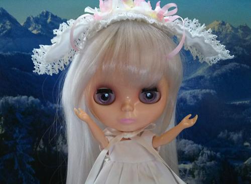 ローズ姐さんもうさ耳ヘッドドレス & 水回りクリーニングをやってもらった結果_a0275527_23480355.jpg