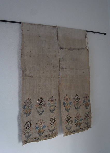 トルコの刺繍_e0111789_11195965.jpg