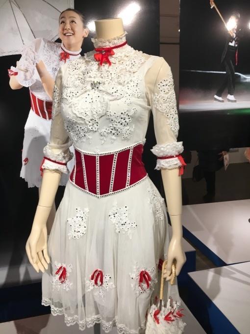 美しき氷上の妖精 浅田真央展_a0100706_17353122.jpg