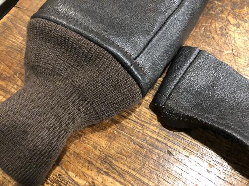 G-1 袖丈詰め 革ジャン 洋服修理_b0178425_11251949.jpg