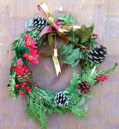 クリスマス会の始まり  クリスマスリースつくり_e0167771_15161677.jpg