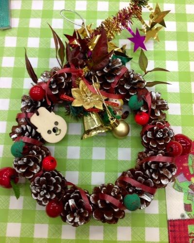 クリスマス会の始まり  クリスマスリースつくり_e0167771_15255337.jpg