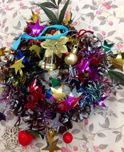 クリスマス会の始まり  クリスマスリースつくり_e0167771_15265083.jpg