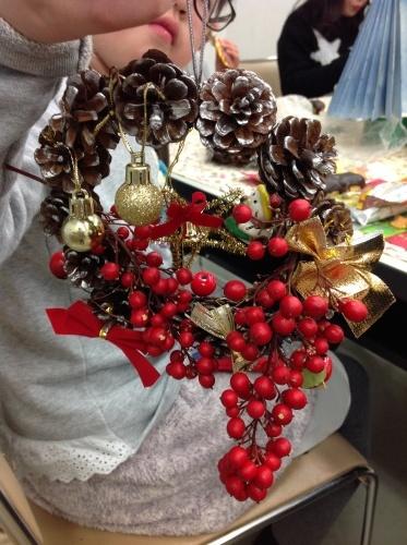 クリスマス会の始まり  クリスマスリースつくり_e0167771_15274439.jpg