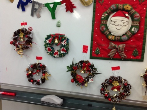 クリスマス会の始まり  クリスマスリースつくり_e0167771_15341369.jpg
