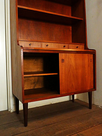 writing desk with bookshelf_c0139773_15383945.jpg