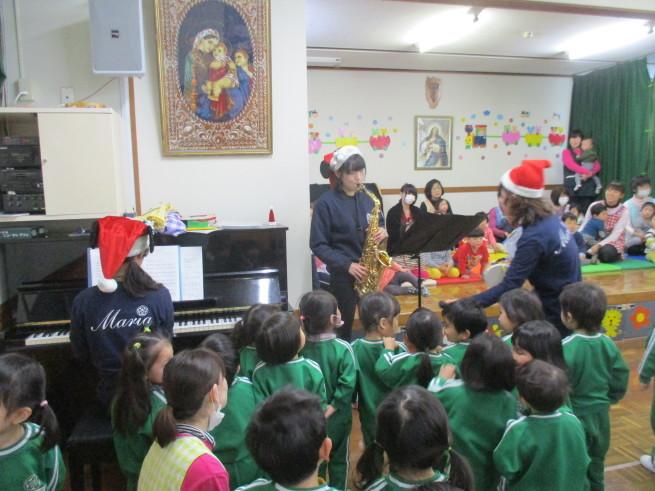 クリスマスお楽しみ会_c0212598_17230233.jpg