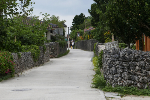 海界の村を歩く 東シナ海 鳩間島・竹富島_d0147406_17184436.jpg