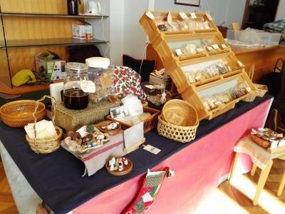 『パンとお菓子のマルシェ』1日目開催中_c0289116_14204590.jpg
