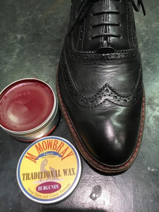 『前編』黒の靴に紫のワックスで鏡面磨き。_b0226322_10560718.jpg