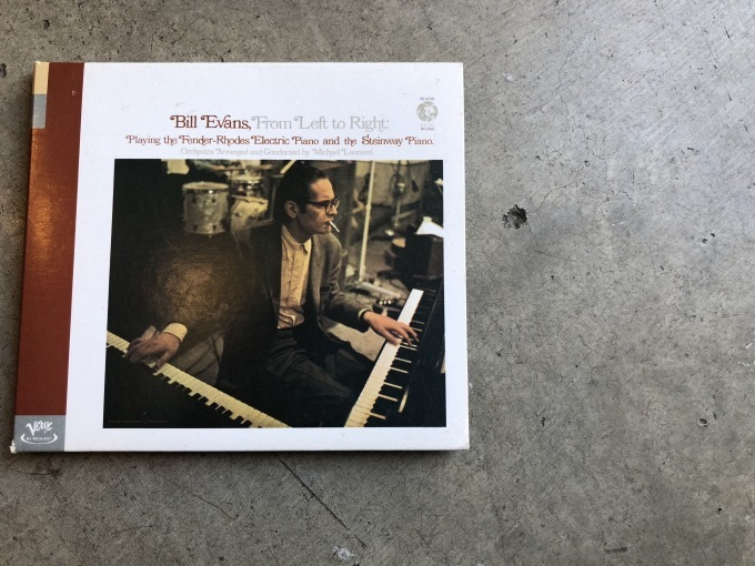 Bill Evans  『From Left To Right』_d0334060_16532374.jpg