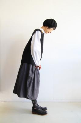 kinariのすっぽりべスト 2017 ブラック_f0215708_12030478.jpg