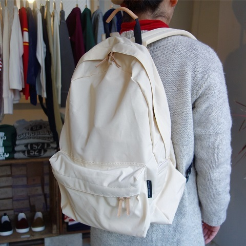 STANDARD SUPPLY : DAILY DAYPACK_a0234452_18530643.jpg