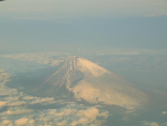 NH985便 世界遺産富士山を見る_d0202264_351584.jpg