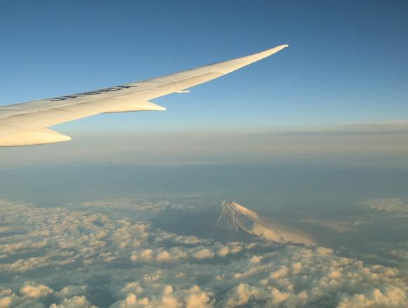 NH985便 世界遺産富士山を見る_d0202264_3522993.jpg