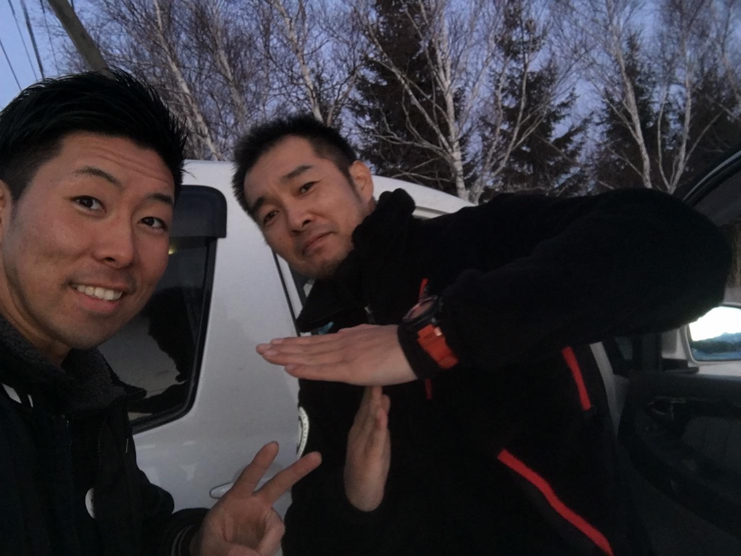 12月25(月)トミーベース カスタムブログ☆ナビゲーター ハマーH2 デリカ納車☆_b0127002_11304430.jpg