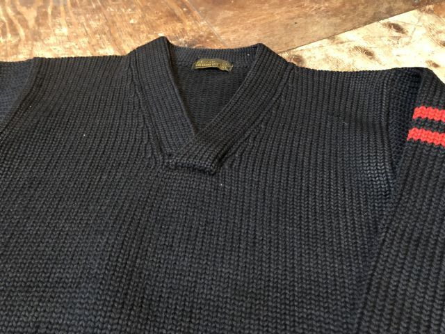 12月26日(火)入荷! 40s Vネック セーター!!_c0144020_19522223.jpg