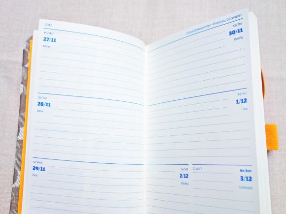 【2018 Diary】SKOBA チェコの手帳_b0184796_16465211.jpg