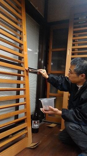 外玄関に柿渋 2017.12.25_c0213599_02093872.jpg