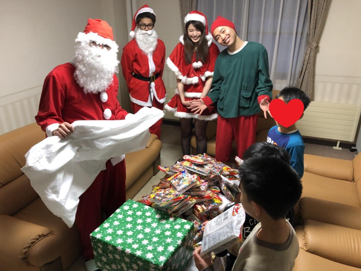 12月27日(水)トミーベース カスタムブログ☆LS600撮影開始!!サンタは大忙し!_b0127002_22595909.jpg