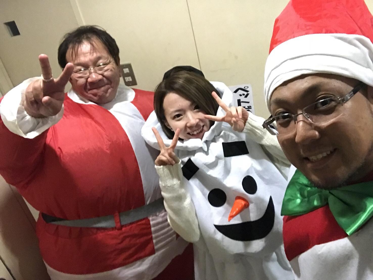12月27日(水)トミーベース カスタムブログ☆LS600撮影開始!!サンタは大忙し!_b0127002_22595913.jpg