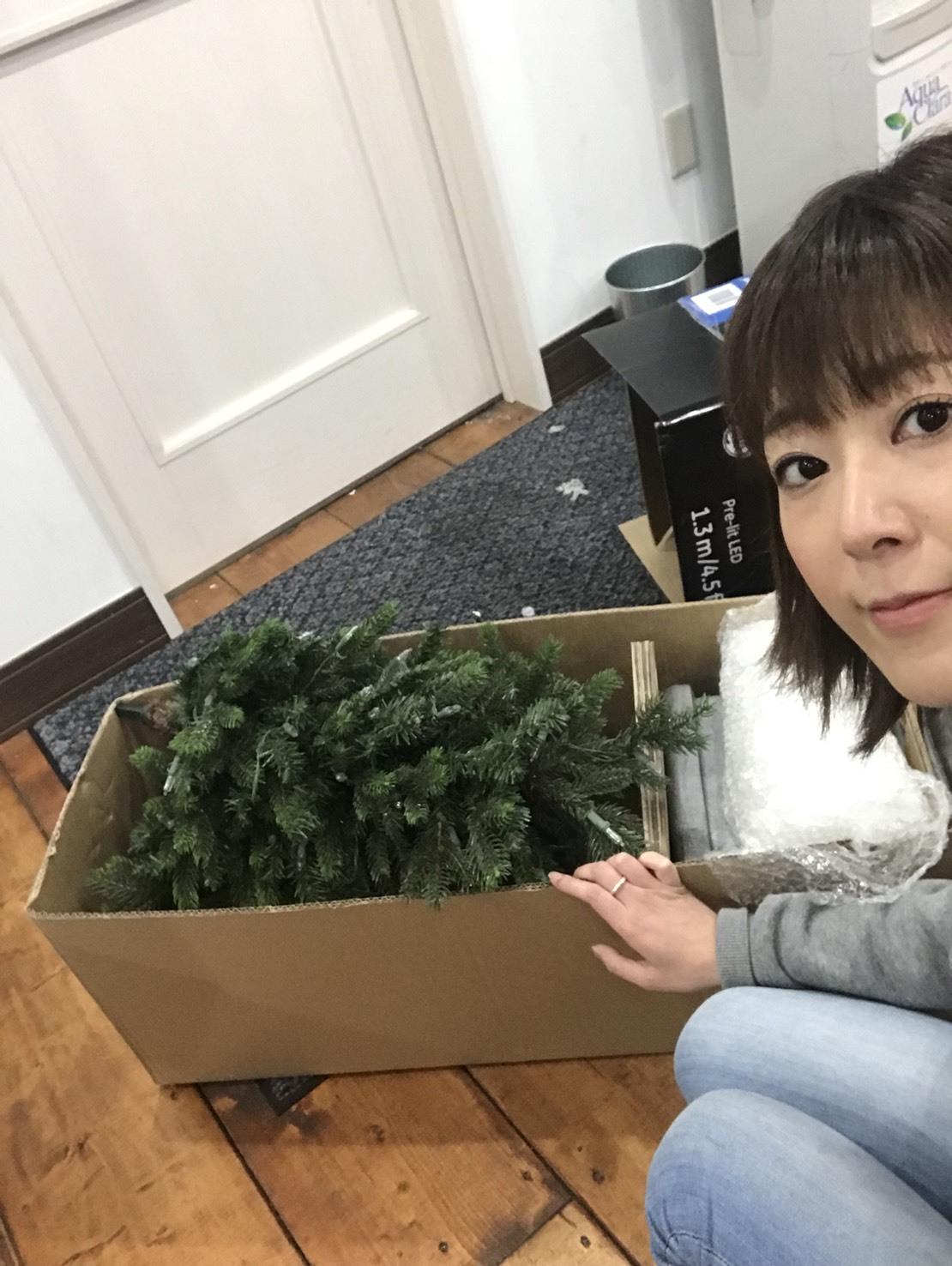 12月27日(水)トミーベース カスタムブログ☆LS600撮影開始!!サンタは大忙し!_b0127002_23161719.jpg