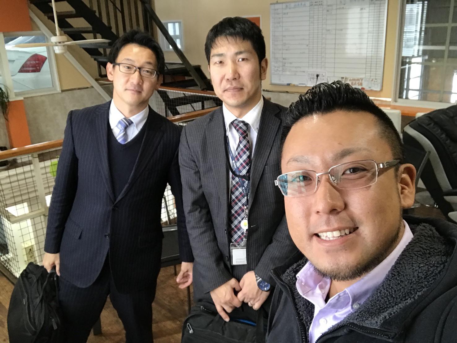 12月27日(水)トミーベース カスタムブログ☆LS600撮影開始!!サンタは大忙し!_b0127002_23311836.jpg