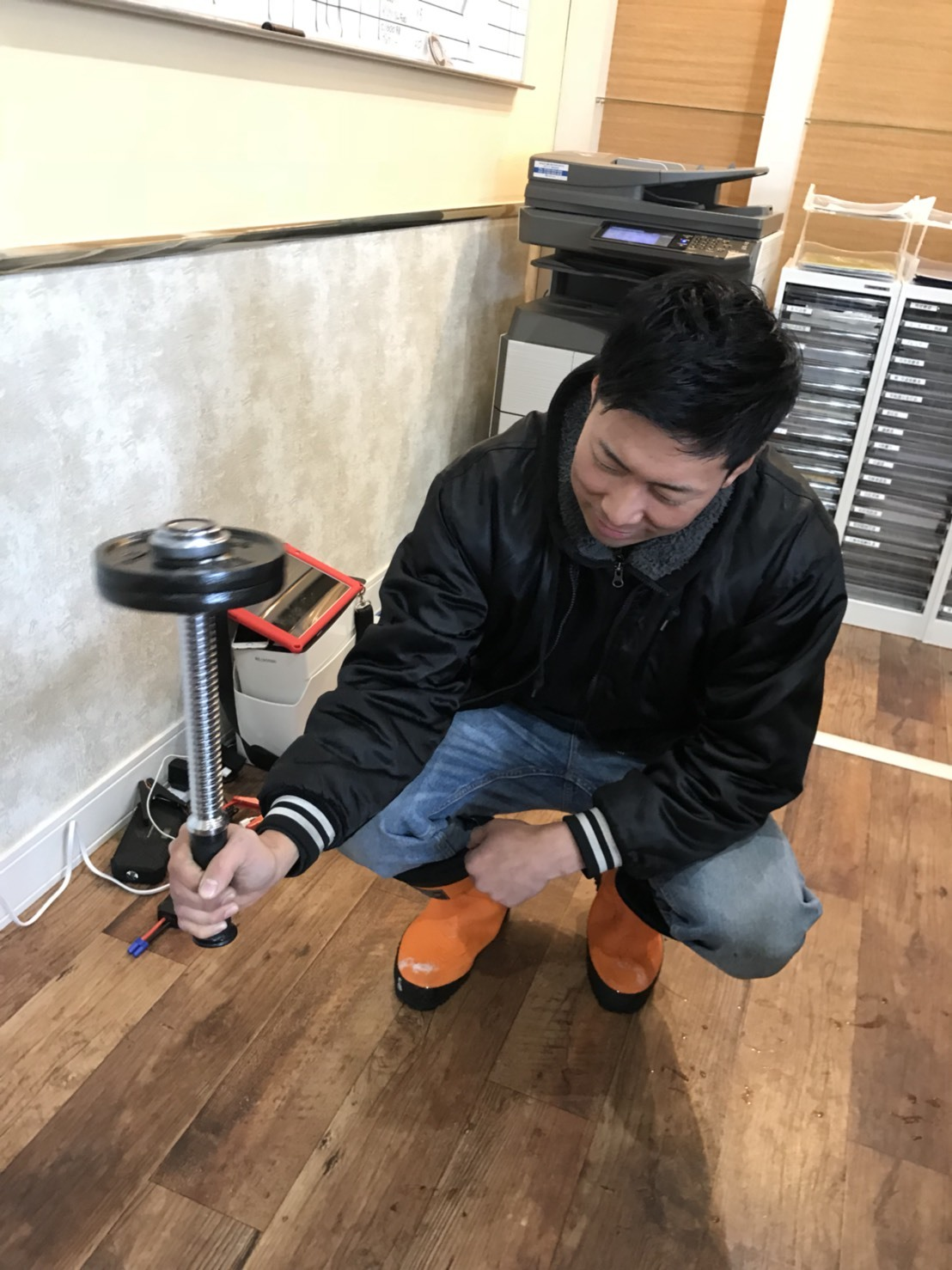 12月27日(水)トミーベース カスタムブログ☆LS600撮影開始!!サンタは大忙し!_b0127002_23340713.jpg