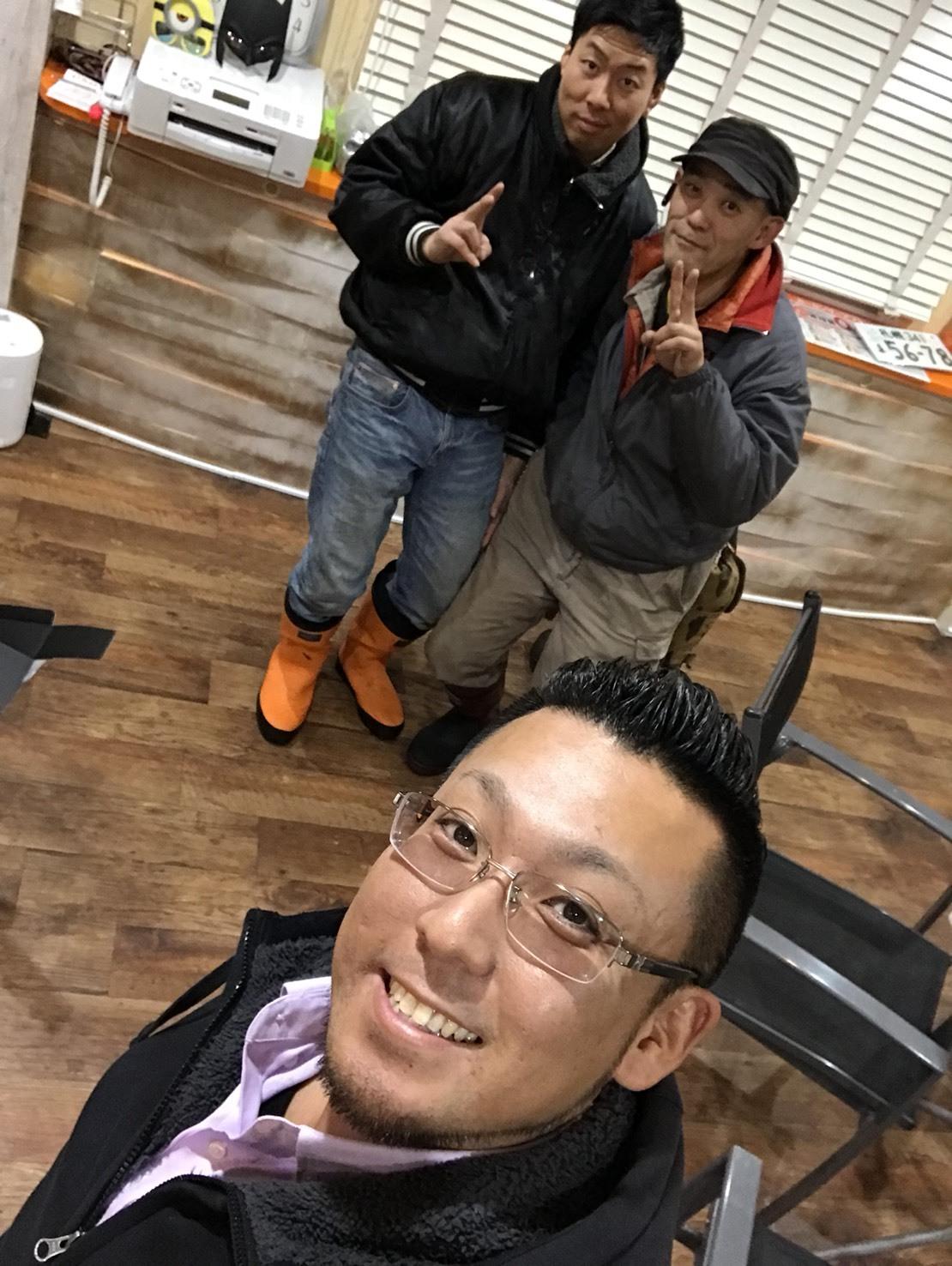 12月27日(水)トミーベース カスタムブログ☆LS600撮影開始!!サンタは大忙し!_b0127002_23341066.jpg