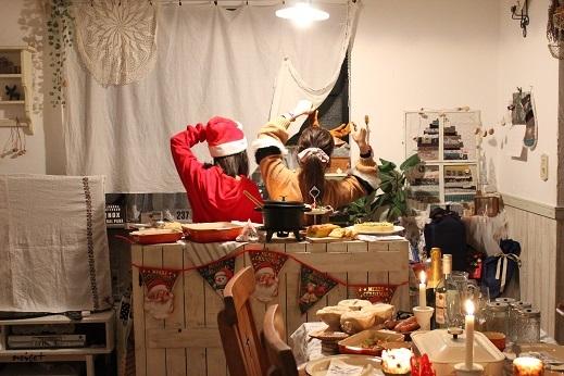 2017クリスマスホームパーティ♪恒例ビュッフェにアヒージョ登場_f0023333_21042024.jpg