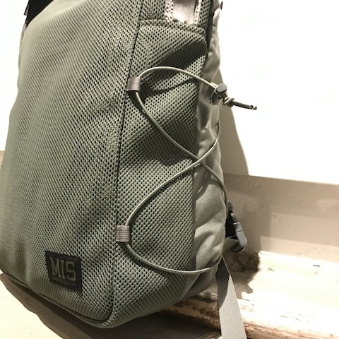 MIS MESH BACKPACK_d0364239_20145045.jpg