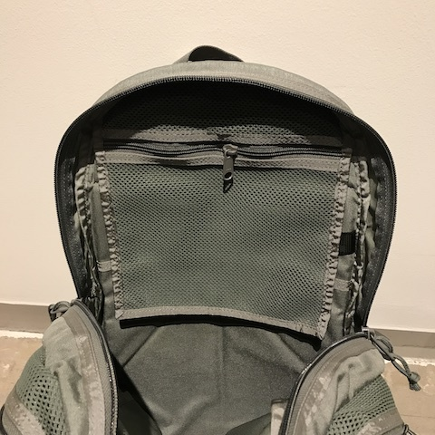 MIS MESH BACKPACK_d0364239_20173324.jpg