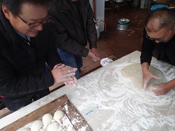 つばきマリーナの餅つき会🎵_a0077071_16515434.jpg