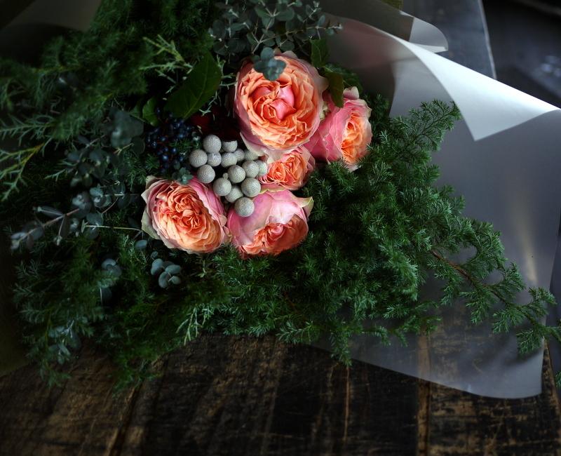 ダンスパーティーで、先生への花束。ANAクラウンプラザホテル札幌にお届け。_b0171193_23381651.jpg