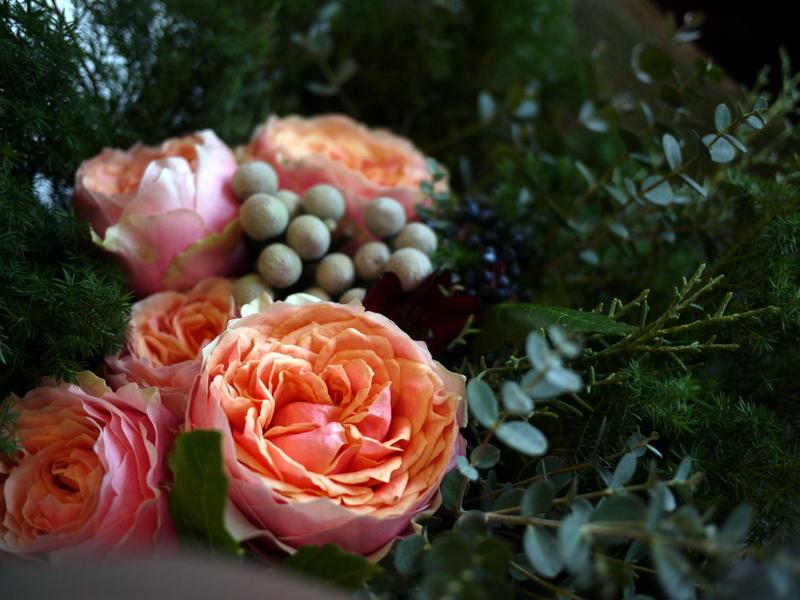 ダンスパーティーで、先生への花束。ANAクラウンプラザホテル札幌にお届け。_b0171193_23382956.jpg