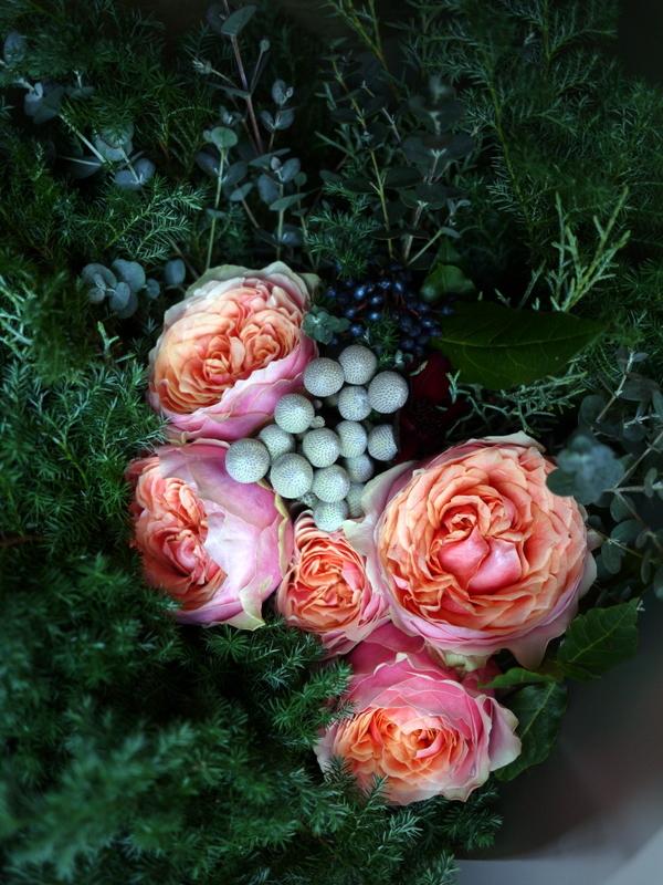ダンスパーティーで、先生への花束。ANAクラウンプラザホテル札幌にお届け。_b0171193_23383319.jpg