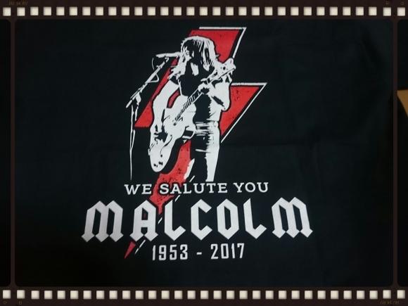 AC/DC マルコム・ヤング トリビュートTシャツ_b0042308_14225326.jpg