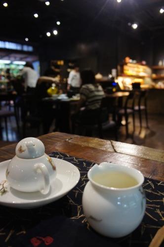 【台湾旅行記⑮ 茶芸館 回留】_f0215714_16311038.jpg