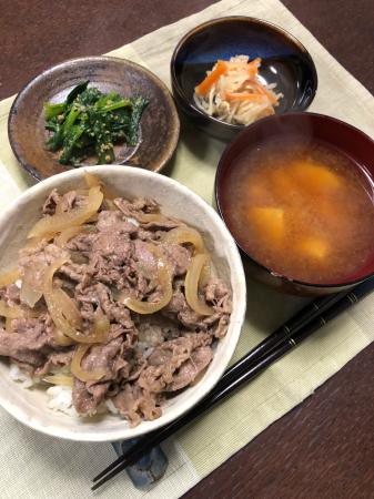 牛丼_d0235108_21100250.jpg