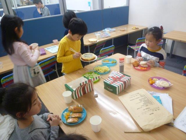 12月25日 クリスマスパーティー_c0315913_09244447.jpg