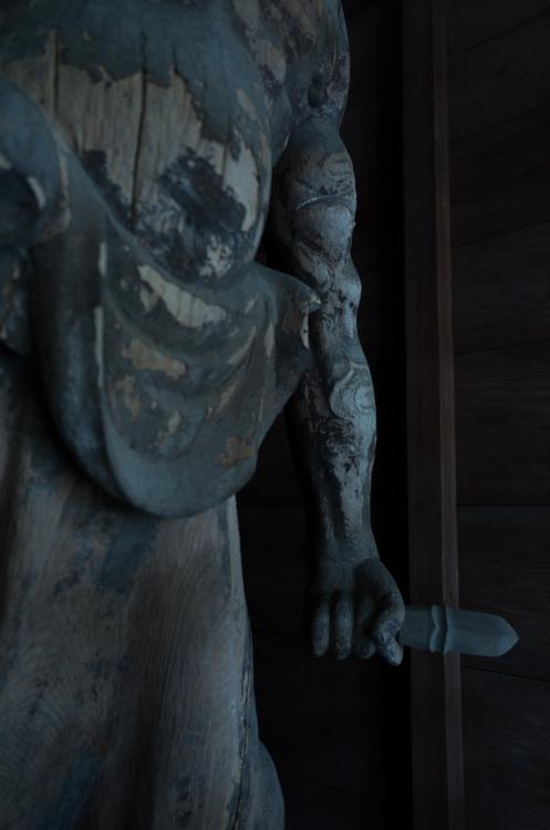 鎌倉の息吹~長野市信更「長勝寺」仁王~_d0349418_21541840.jpg